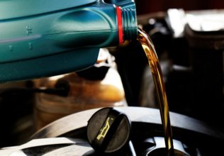 5 Companies That Have the Best Offers on Synthetic Oil Change