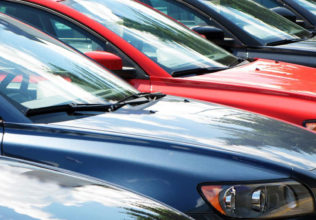 Why buying midsize luxury cars is beneficial?