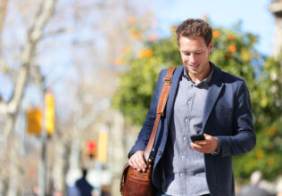 Choose the best cell phone plans with Aarp